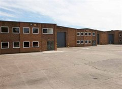 Units 3-6 Frogmore Industrial Estate